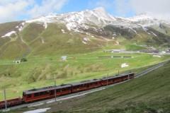 Bild1-Auffahrt-zum-kleinen-Scheidegg-auf-2061m
